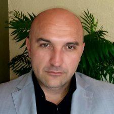 Robert Suknovic - Predsjednik